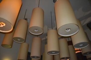 I lampadari dell'Halle Cafè