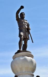 filippo-statua